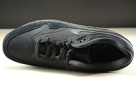 Nike Air Max 1 Black Black Black Over view