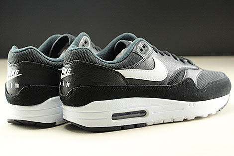Nike Air Max 1 Black White Back view
