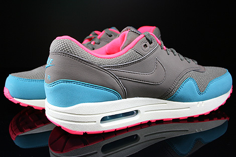 Nike Air Max 1 Essential Dark Dune Catalina Hyper Punch Inside
