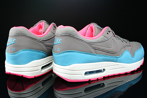 Nike Air Max 1 Essential Dark Dune Catalina Hyper Punch Back view