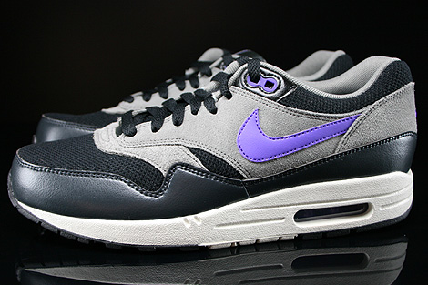 sale retailer 1c863 936ef ... Nike Air Max 1 Essential Black Hyper Grape Light Ash Profile ...