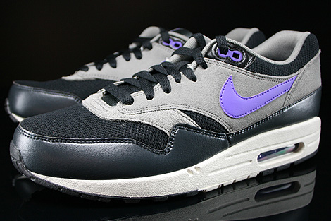 Nike Air Max 1 Essential Black Hyper Grape Light Ash Sidedetails