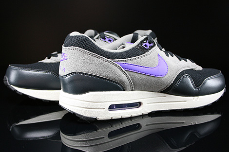 Nike Air Max 1 Essential Black Hyper Grape Light Ash Inside