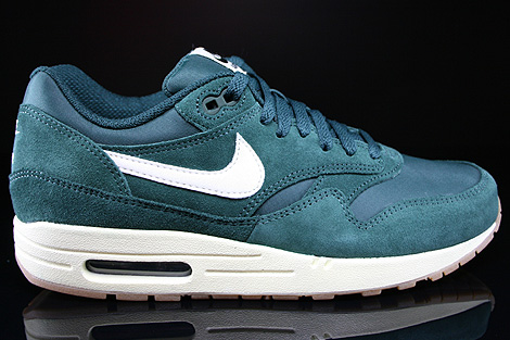 new york 1838a 0843d Nike Air Max 1 Essential Pro Green Sail Black