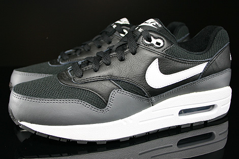 Nike Air Max 1 GS Black White Dark Grey Profile