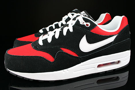 nike air max 1 black white red