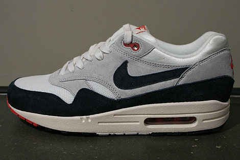 Nike Air Max 1 OG Dark Obsidian Neutral Grey University Red