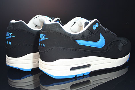nike air max 1 premium blue black Customize a pair of Kyrie Irving shoes ... 17e5bfc90