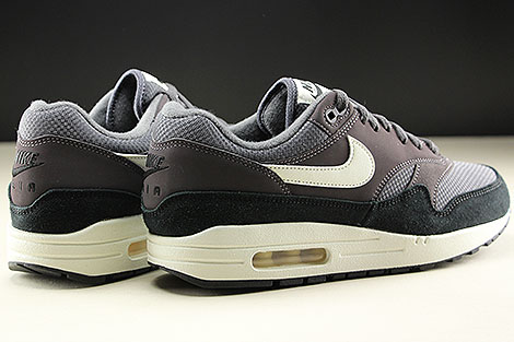 Nike Air Max 1 Thunder Grey Sail Black Back view