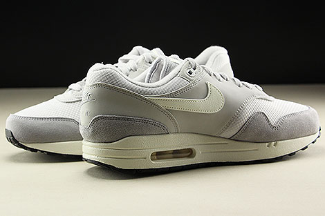 Nike Air Max 1 Vast Grey Sail Wolf Grey Inside