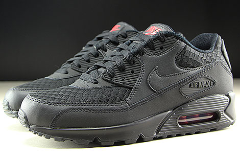 Nike Air Max 90 Essential Black Metallic Silver Profile