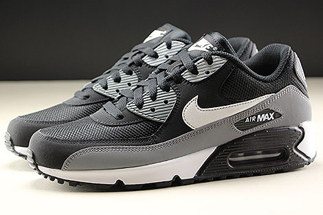 Nike Air Max 90 Essential Black White Cool Grey Profile
