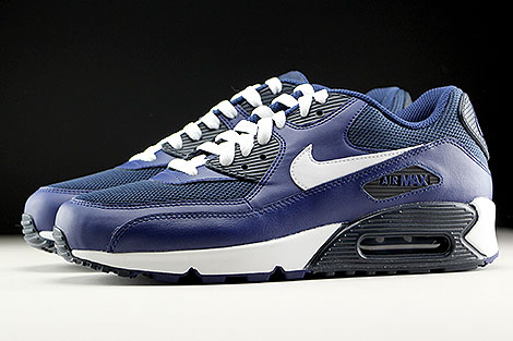 reputable site a1702 a9be8 Nike Air Max 90 Essential