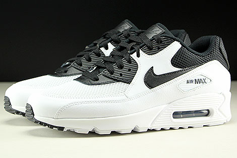 Nike Air Max 90 Essential White Black Profile