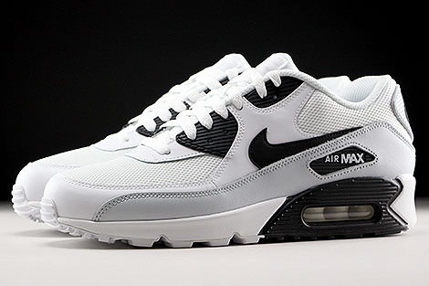 Nike Air Max 90 Essential White Black Pure Platinum Profile
