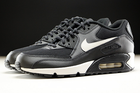 Nike Air Max 90 Flash GS Black Summit White Profile