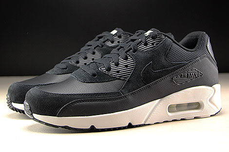 Nike Air Max 90 Ultra 2.0 LTR Black Summit White Profile