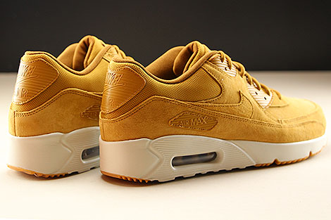 Nike Air Max 90 Ultra 2.0 LTR Wheat Wheat Light Bone Back view