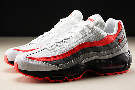 Nike Air Max 95 Essential White Bright Crimson Black Pure Platinum Seitenansicht