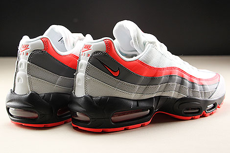 Nike Air Max 95 Essential White Bright Crimson Black Pure Platinum Rueckansicht