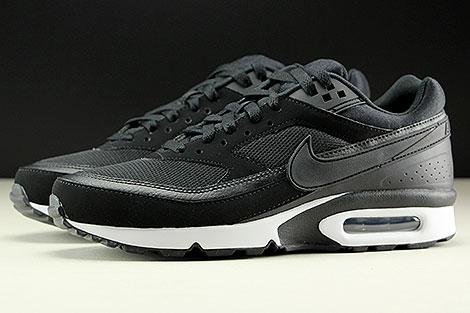 Nike Air Max BW Black Black White Profile