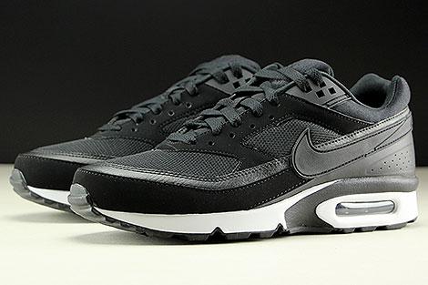 Nike Air Max BW Black Black White Sidedetails