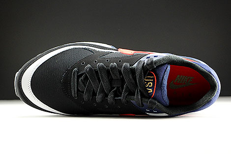 Nike Air Max BW Premium Black Crimson Midnight Navy Outsole