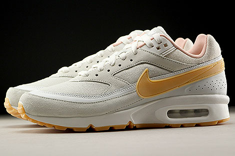 Nike Air Max BW Premium Phantom Gum Yellow Light Bone Profile