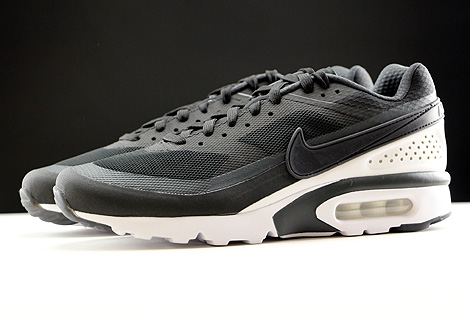 Nike Air Max BW Ultra Black Anthracite White Profile
