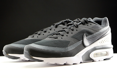 Nike Air Max BW Ultra Black Anthracite White Sidedetails