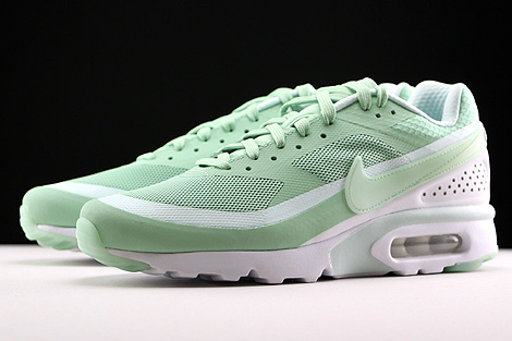 hot sales 6a978 fa3a6 ... Nike Air Max BW Ultra Mint Weiss Seitendetail ...