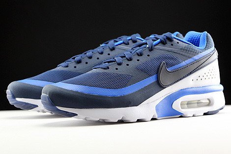 Nike Air Max BW Ultra Midnight Navy Hyper Cobalt White Sidedetails