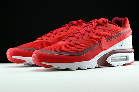Nike Air Max BW Ultra University Red Bright Crimson White Sidedetails