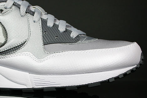 Nike Air Max Light Wolf Grey Dark Grey White Sidedetails