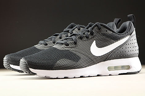 Nike Air Max Tavas Black White Sidedetails