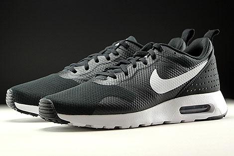 Nike Air Max Tavas Black White Black Sidedetails