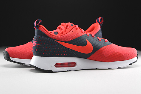 Nike Air Max Tavas Essential Rio Bright Crimson Dark Obsidian Inside
