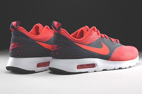 Nike Air Max Tavas Essential Rio Bright Crimson Dark Obsidian Back view