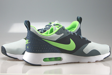 new concept 24a79 826e8 nike air max tavas flash lime