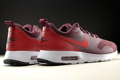 Nike Air Max Tavas Night Maroon Gym Red Black White Back view