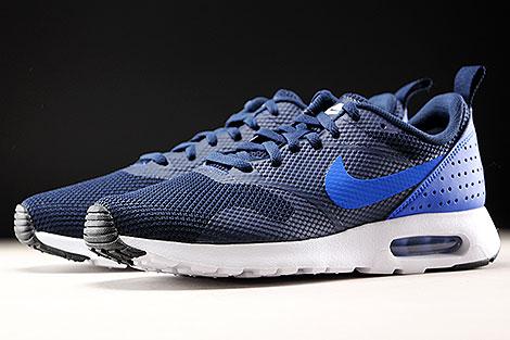 Nike Air Max Tavas Dunkelblau Blau Weiss Seitendetail