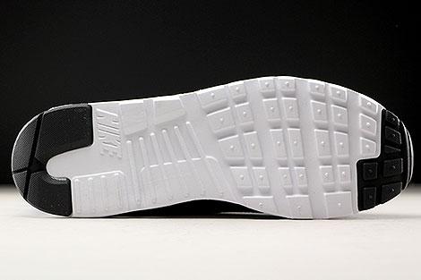 Nike Air Max Tavas Obsidian Hyper Cobalt Black Outsole