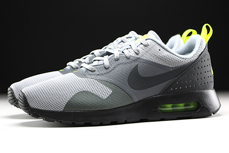 Nike Air Max Tavas Wolf Grey Anthracite Cool Grey Black Profile