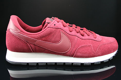 Nike Air Pegasus 83 Suede Team Red Mortar Black