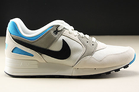 Nike Air Pegasus 89 Light Bone Black Vivid Blue Rechts