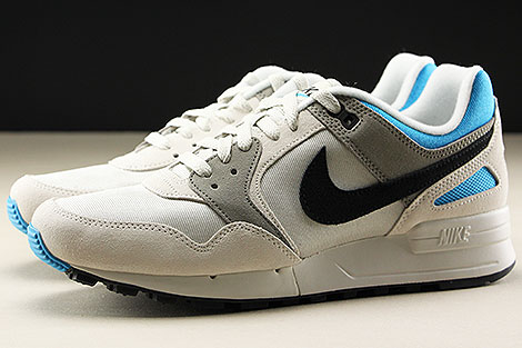 Nike Air Pegasus 89 Light Bone Black Vivid Blue Seitenansicht