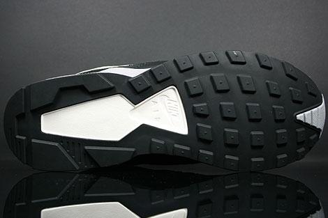Nike Air Pegasus 92 Black Matte Silver Sangria