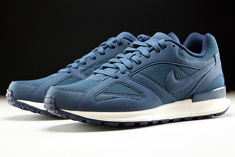 Nike Air Pegasus New Racer Squadron Blue Midnight Navy Sail Sidedetails