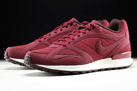 Nike Air Pegasus New Racer Team Red Mahogany Sail Sidedetails