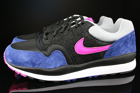 Nike Air Safari Black Pink Foil Deep Royal Blue Silver Profile
